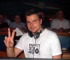 [Image: DJ-Top-Dunia-Andree.jpeg]