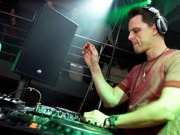 [Image: DJ-Top-Dunia-markus.jpeg]